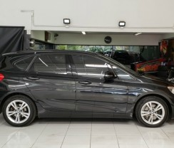 BMW 220I ACTIVE 2.0 AUT.